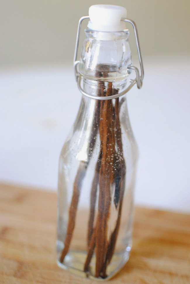 Diy vanilla extract feathers in our nest for How to cut glass bottles lengthwise