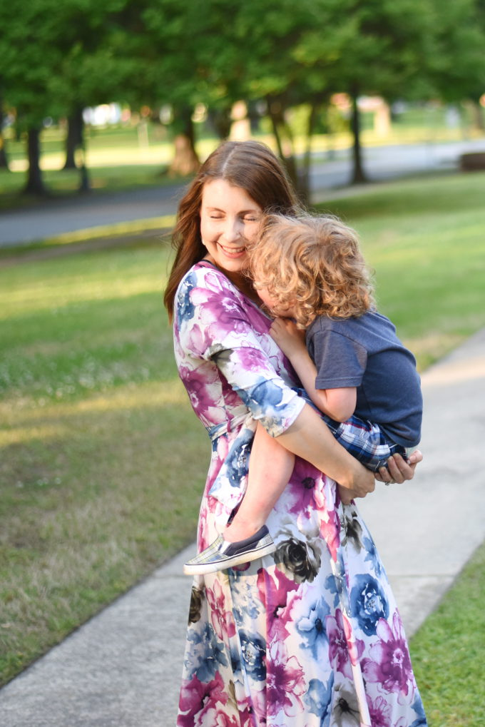 cute maternity clothes from PinkBlush | Feathers in Our Nest